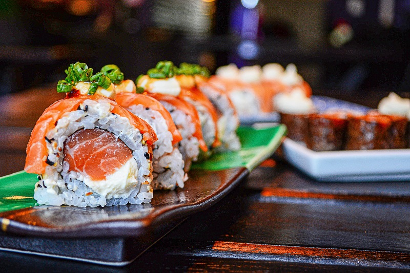 sushi (Difference between Sushi and Sashimi )